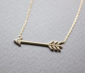 925 Sterling Silver Cubic Sideways Arrow Big Piercing Arrow Necklace,N0872S