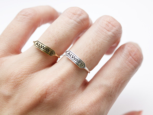 Tiny Always signboard band ring 2 colors