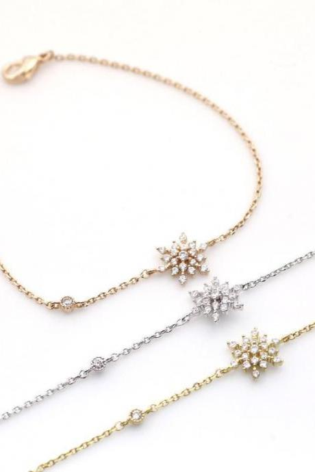Snowflake Bracelet detailed with CZ in 3 colors