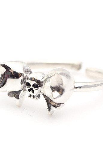 925 sterling silver Tiny skull head with Big ribbon ring
