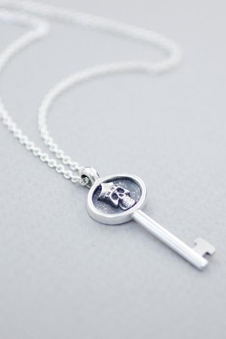 925 sterling silver Key with skull Pendant Necklace